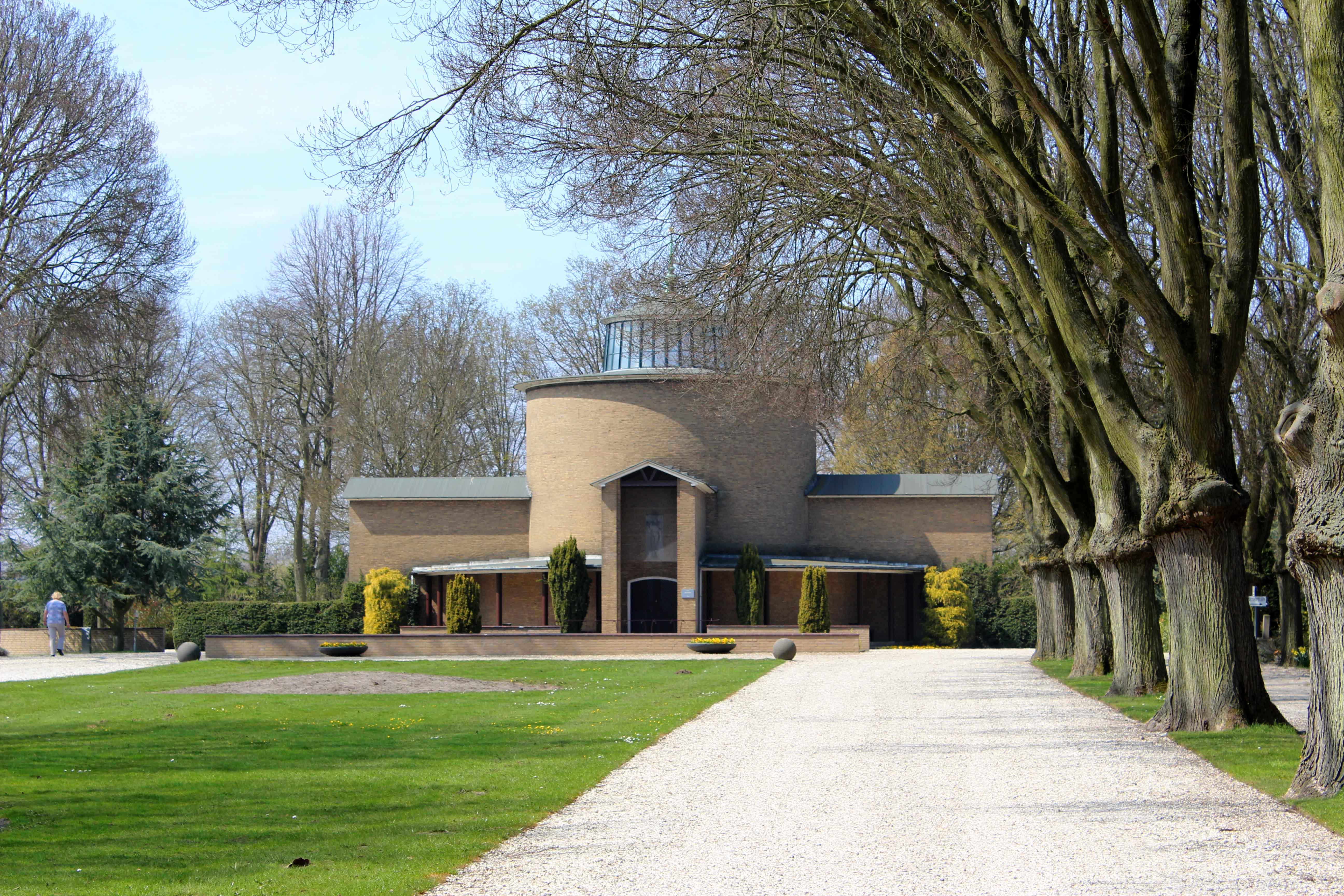 Gedenkstenen begraafplaats Akendam Haarlem