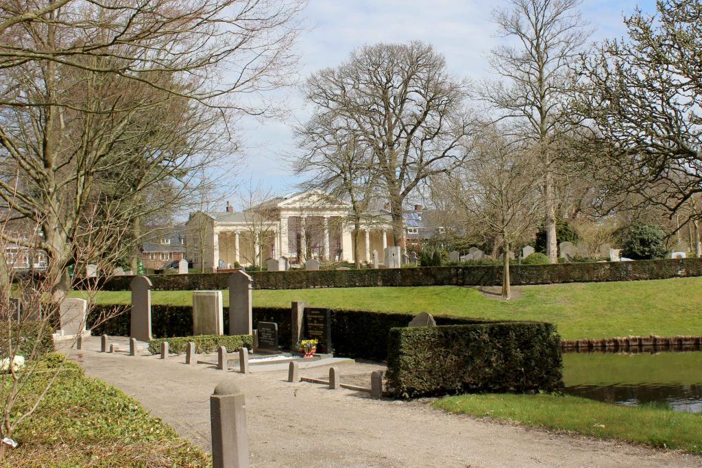 Mausoleum Begraafplaats Kleverlaan Haarlem
