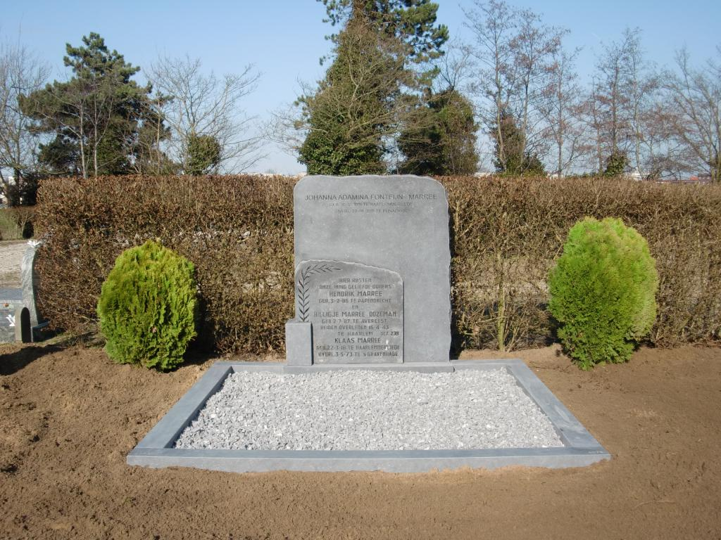 Dubbel grafmonument Belgisch hardsteen